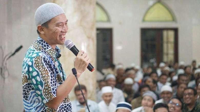 Felix Siauw ke Sang Kakak: Sampai Mati Gue Bela!