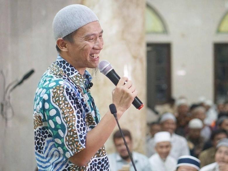 Ceramah Felix Siauw Banser