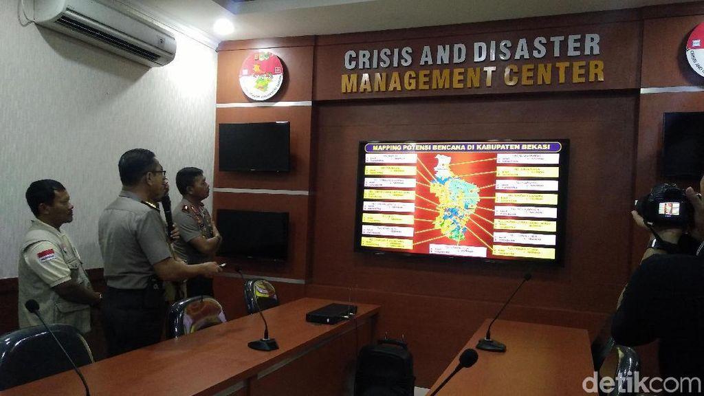 Punya Crisis Center, Polres Bekasi Siap Koordinasi Tangani Bencana