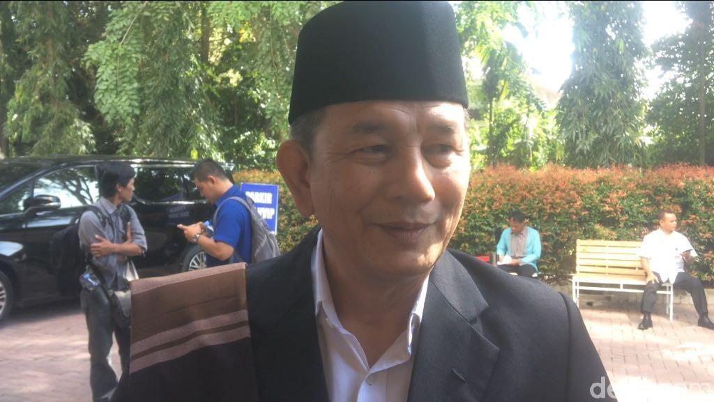 Status Kerabat Jokowi Dinilai Tak Jamin Paman Bobby Sukses di Pilkada