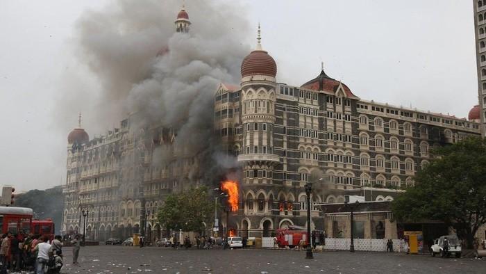 Serangan yang terkoordinasi dan dilakukan oleh orang-orang bersenjata ini menyerang Mumbai hampir sepuluh tahun lalu dan menyebabkan 160 orang meninggal. (AFP)