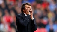 Conte Balas Sindiran Mourinho tentang Badut di Tepi Lapangan