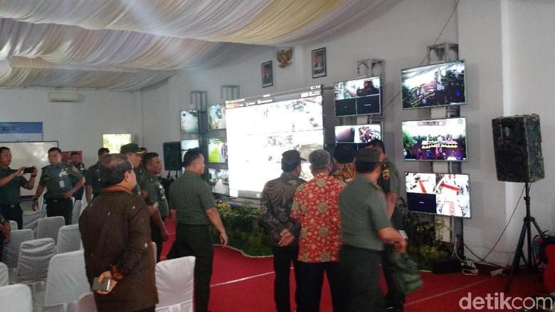 Mensesneg Pantau CCTV Saat Pesta Adat Bobby-Kahiyang di Medan