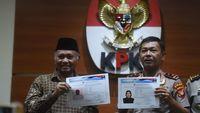 Komjen Idham Azis bersama Ketua KPK Agus Rahardjo saat menampilkan sketsa wajah terduga penyiram air keras Novel Baswedan