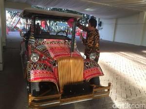 Shuttle Car Bermotif Ulos Siap Antar Jokowi di Prosesi Adat Kahiyang-Bobby