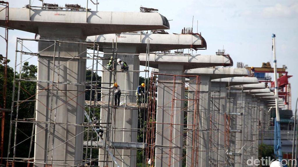 Dolar AS Perkasa, Proyek LRT Jabodebek Kena Dampak?