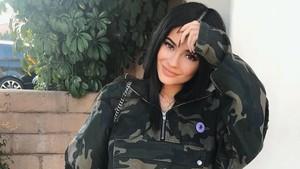 Ini Alasan Kylie Jenner Bungkam Soal Kehamilannya