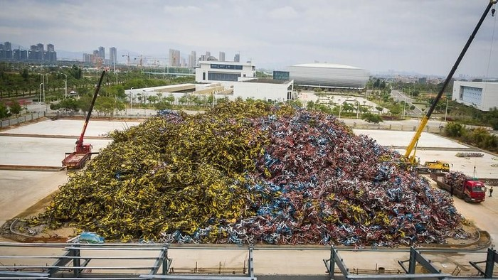 Foto: Ribuan Sepeda Online Jadi Sampah Menggunung