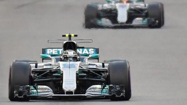 Hamilton Kembali Tercepat di FP2 GP Australia