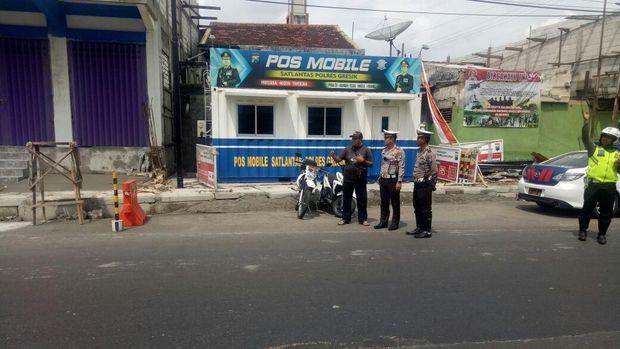 Pelebaran jalan di kawasan Duduk Sampeyan/