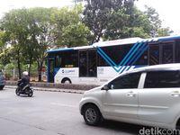 Dewi Persik Vs TransJ, Lihat Lagi Aturan yang Dilarang Lewat Busway