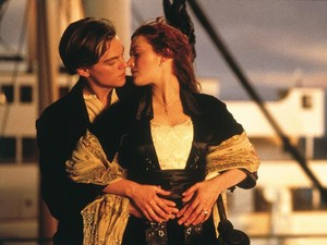 Kate Winslet Masih Merasa Gugup Ingat Adegan Telanjang di Titanic