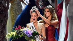 Demi-Leigh dari Afrika Selatan Jadi Pemenang Miss Universe 2017