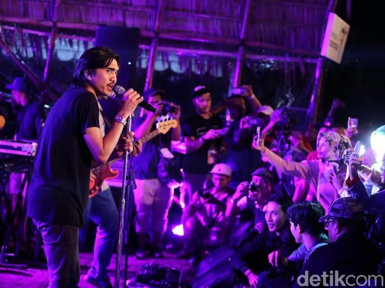 Apa Sih Susahnya Jadi Band Indie, Sheila On 7?
