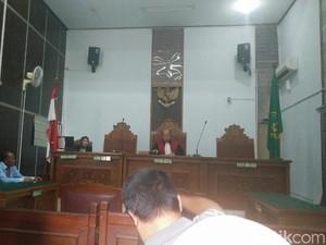 Jaksa Tak Hadir, Praperadilan Kepala BKKBN Ditunda 1 Minggu