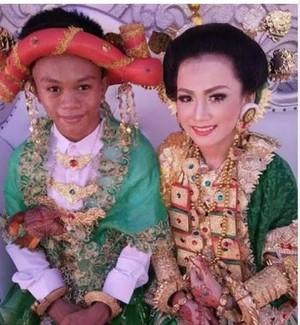 Heboh Foto ABG 16 Tahun Menikah, KPAI: Sangat Memprihatinkan