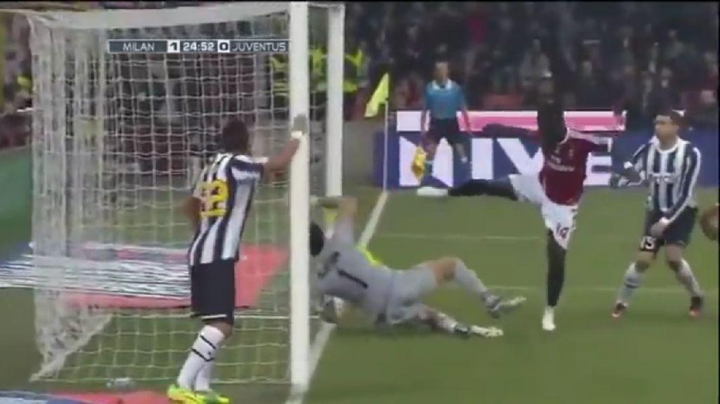 Gol Hantu Muntari Bikin Milan Kehilangan Scudetto dan Ibrahimovic