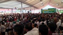 Jokowi Bertemu Petani Sawit dan Bagikan Sertifikat Tanah di Sumut