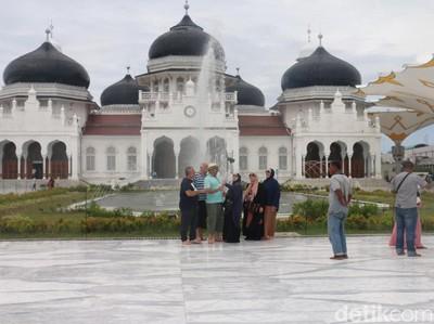 DPRK Banda Aceh Godok Rancangan Qanun Wisata Halal, Apa Isinya?