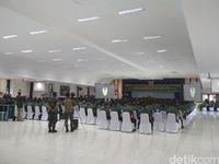 Pengarahan KSAD Jenderal TNI Mulyono dihadapan Danrem dan Dandim.