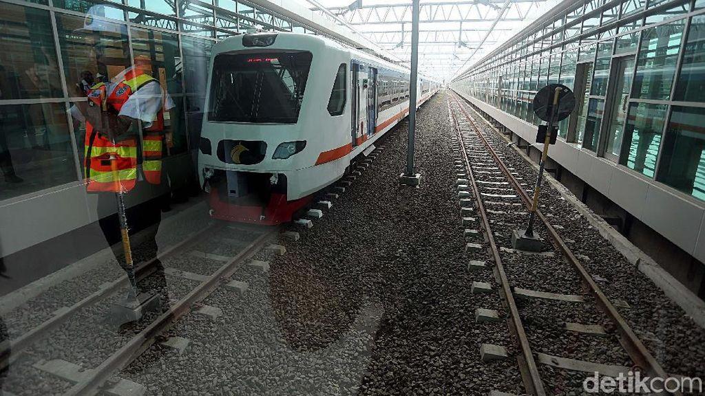Info Kereta Bandara Soetta: Rute, Jadwal Keberangkatan, Hingga Tarif