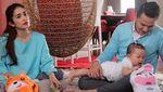 Lucu-lucu Potret Keluarga Andhika Pratama dan Ussy Sulistiawaty
