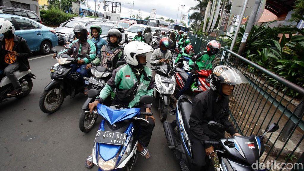 Sepeda Motor Tak Aman Dijadikan Angkutan Umum