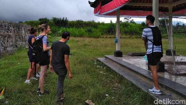 Mesti Baca! Tips Keamanan Wisatawan Terkait Erupsi Gunung Agung
