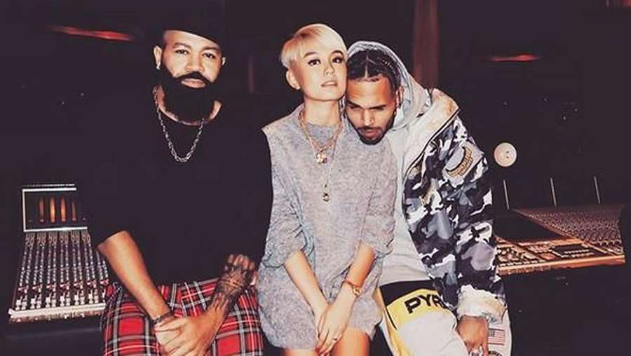 Intip Foto Mesra Agnez Mo dengan Chris Brown