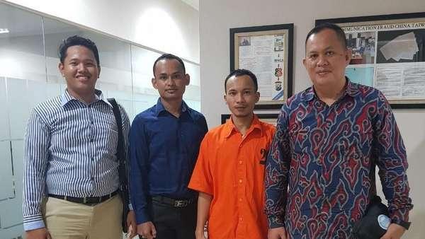 Bos Saracen Jalani Sidang Perdana di PN Pekanbaru