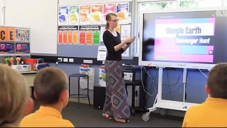 Evolusi Alat Mengajar dari Masa ke Masa: dari Papan Tulis ke Ipad