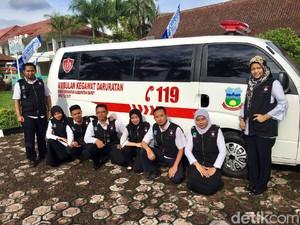 Pemkab Garut Luncurkan Sijeruk, Ambulans Gratis untuk Warga