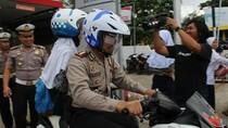 Usai Kena Razia SIM, Siswa Diantar Polisi ke Sekolah