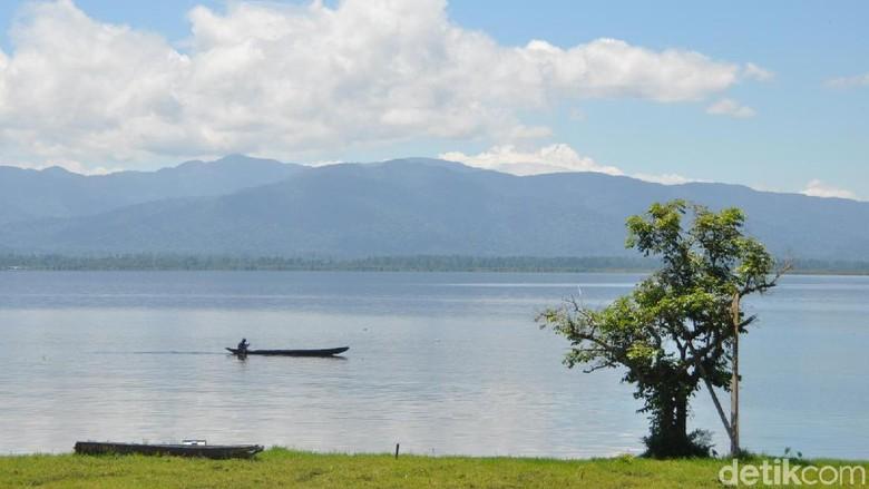 Danau Lindu (Mohammad Jafar Bua/detikTravel)