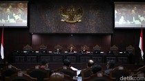 Kandidat Hakim MK, Ini 3 Srikandi Profesor Hukum di Saku Jokowi