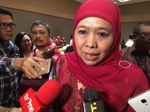Sudah Surati dan Temui Jokowi, Khofifah Mundur dari Mensos?