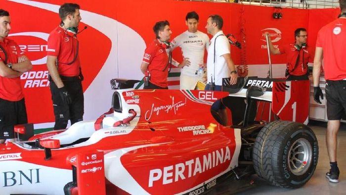Sean Gelael bareng timnya Prema Racing (dok.Sean Gelael)