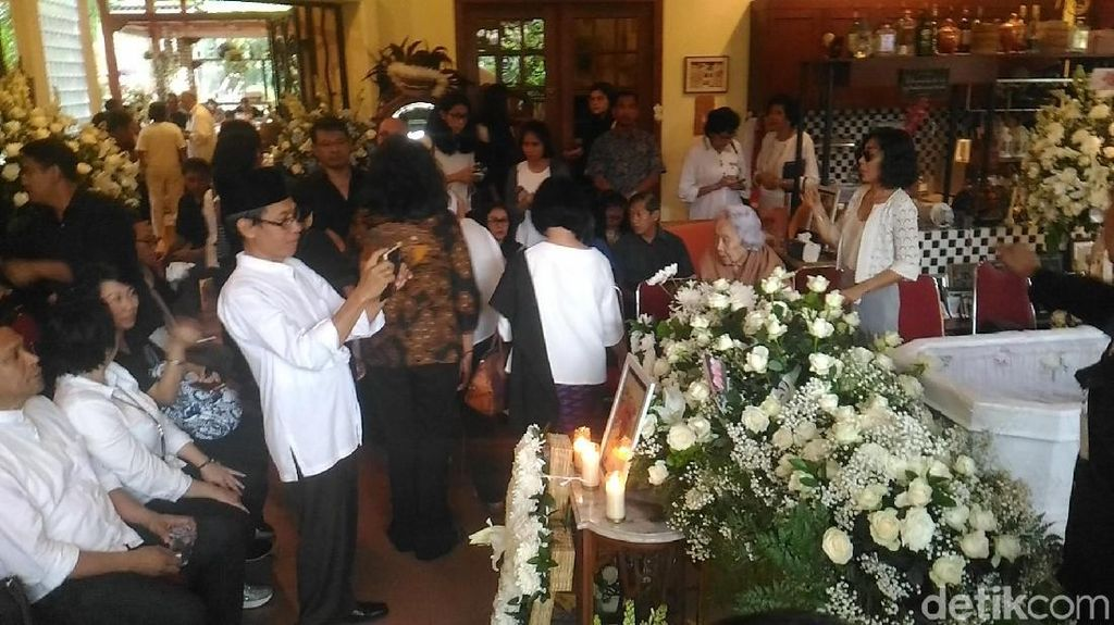 Anak Kenang Rencana Bondan Pulang ke Bali untuk Natalan