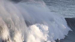 Pelayaran Kolaka ke Bajoe Ditutup karena Cuaca Buruk