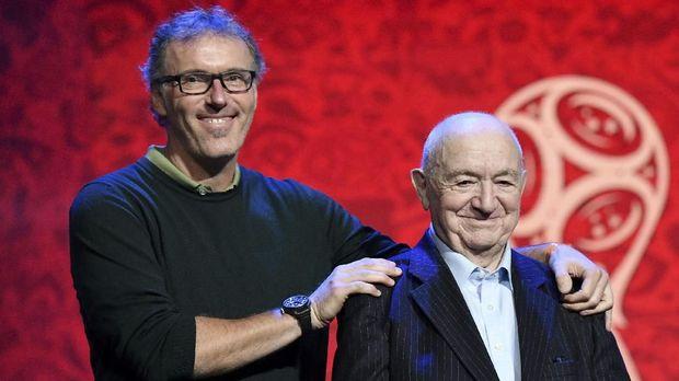 Laurent Blanc (kiri) punya kenangan manis bersama MU.