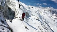 Ratusan Pendaki Gunung di Nepal Terjebak Lockdown