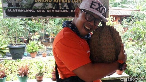 Durian Bhineka Bawor, Banyumas.
