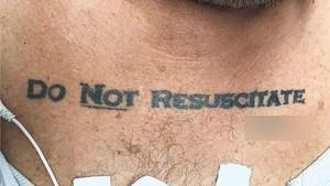 Pasien Ini Sekarat Tapi Tato di Dadanya Bikin Dokter Keder Menolongnya