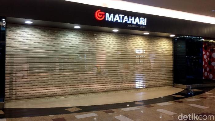 Setalah Pasaraya Blok M dan Manggarai, Matahari juga akan menutup gerainya di Mal Taman Anggrek.