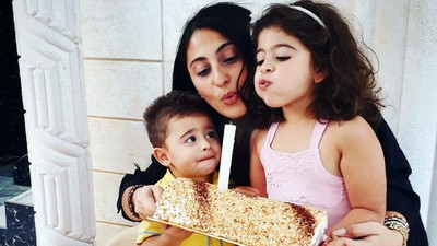 Berbagai Ekspresi Lucu Anak-Anak Saat Momen Tiup Lilin