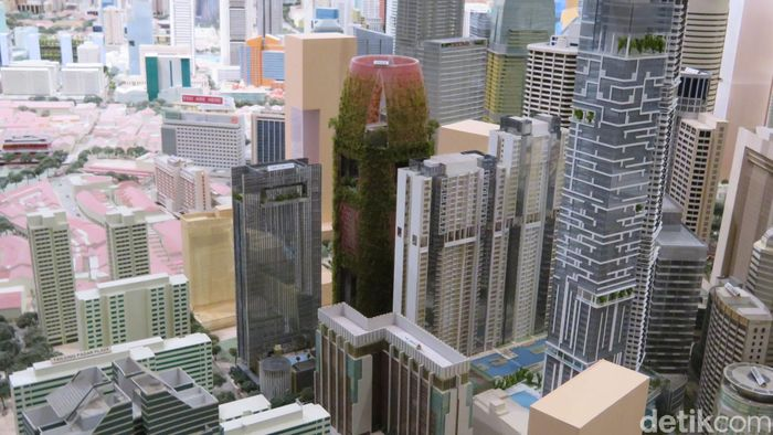 Maket kota yang dipajang di Museum Nasional Singapura menunjukan lansekap kota yang dipadati gedung pencakar langit.
