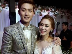 Lee Jeong Hoon & Moa, Pengantin Baru Lintas Negara