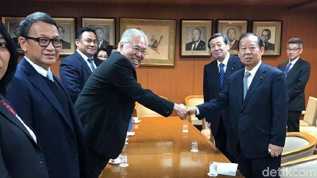 Taktik Unik Rachmat Gobel Gaet Investor di Jepang.