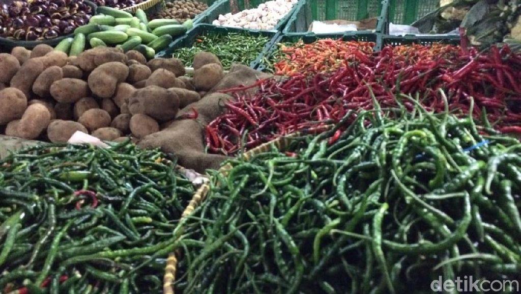 Pedagang Pasar: Stok Aman Meski Ada Banjir