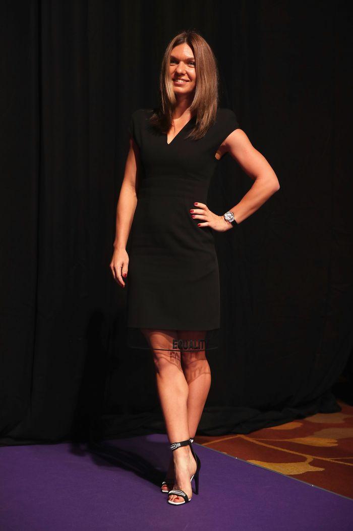 Simona Halep, yang kini menjadi petenis terbaik dunia, tak mengharamkan memakai high heels. (Julian Finney/Getty Images)